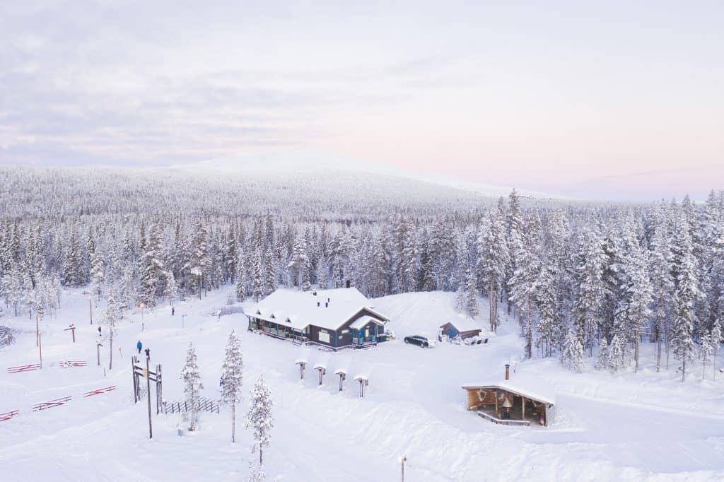 Aurinkotupa Ylläs, DJI 0135 .